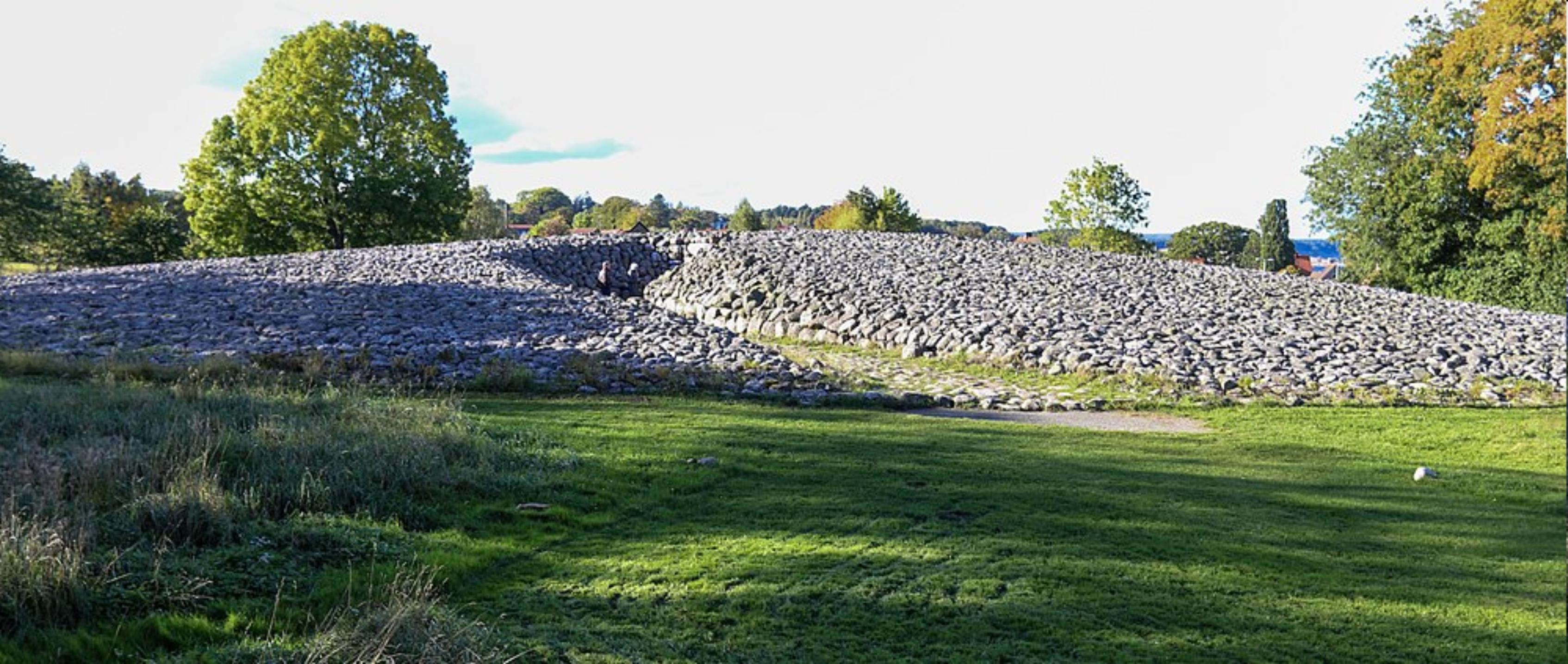 Tio viktiga platser att besöka: Utanför Kiviksgraven