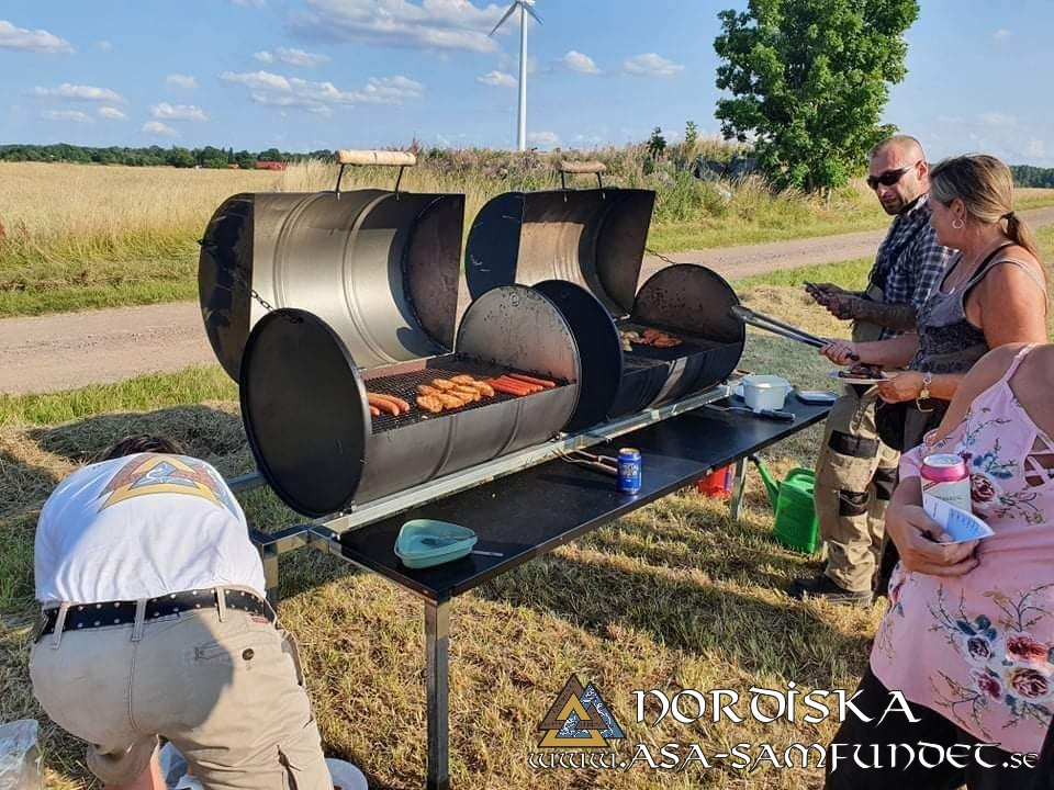 Sommarblot 2021 Grillning vid gillet
